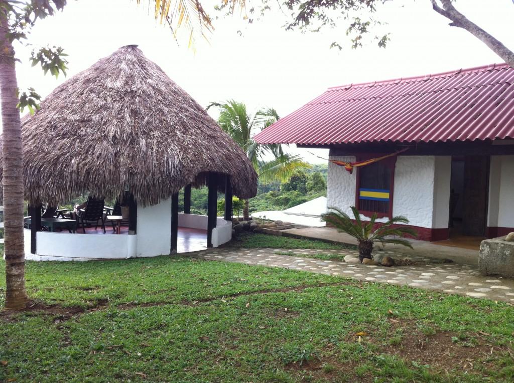 Gästehaus der Finca mit Pavillon