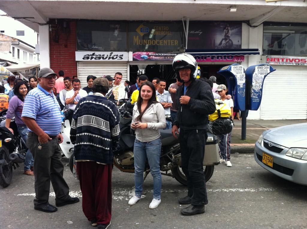Vor dem Mercado von Popayan