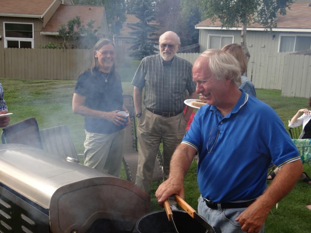 """Uns zu Ehren grillte Fred auch """"Bratwurscht"""""""
