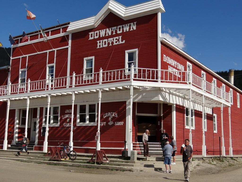 Downtown Hotel und Bar