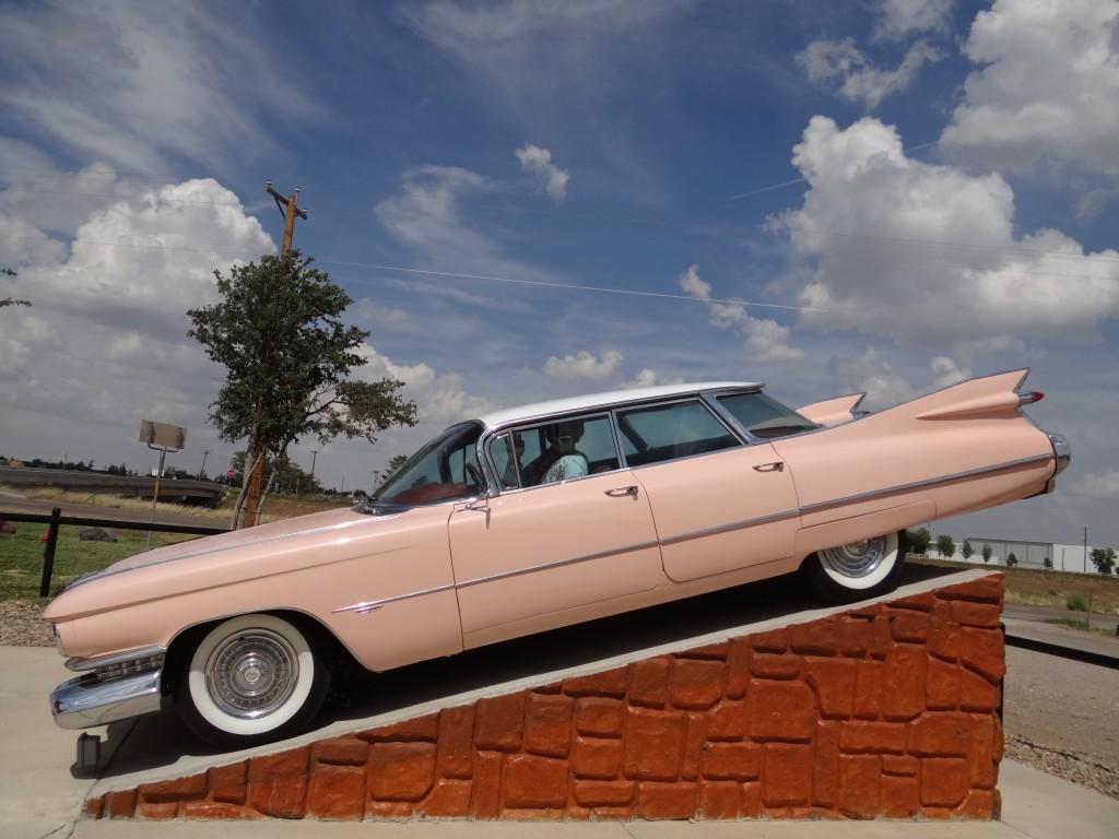 """mein """"Favorite"""" ein Cadillac Eldorado mit Elvis am Steuer!"""
