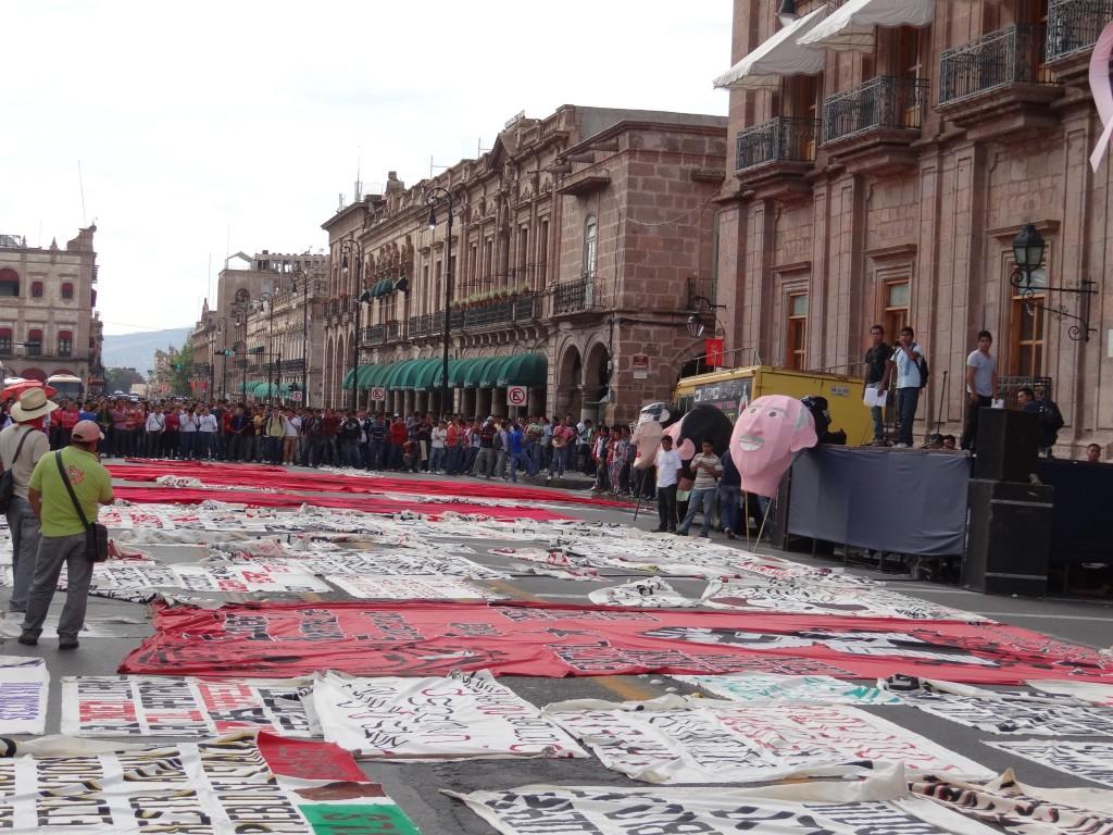 Kundgebung vor der Kathedrale