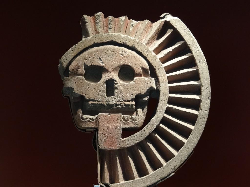 Exponat aus der Sonnenpyramide von Teotihuacán