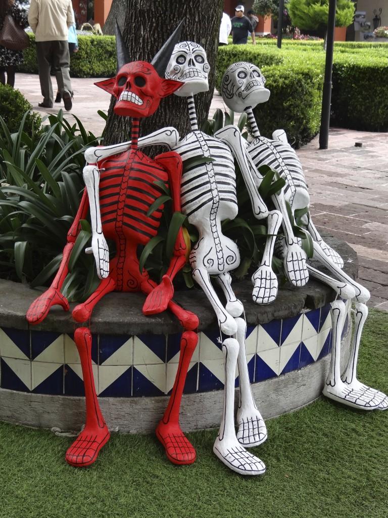 Schnappschuss in Mexico City passt zu Halloween