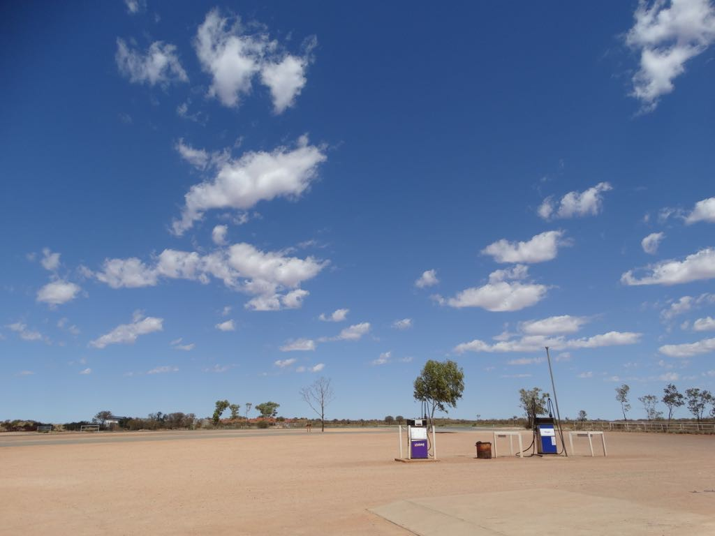 Outback Tankstelle